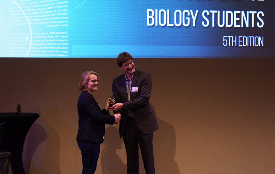 MSP alumna wins Darwin bachelor's thesis award