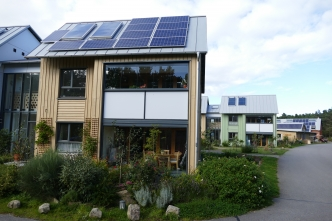 "Sustainable homes in ""ecovillage"" Findhorn (Scotland)"