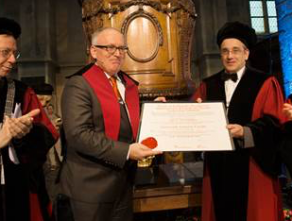 Dr. Frans Timmermans receives an honorary doctorate